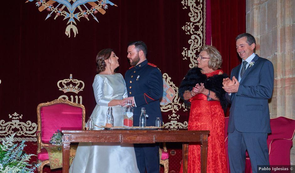 La boda de Maykel y Belén en Oviedo, Asturias