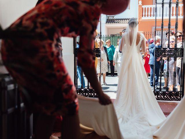 La boda de Fran y Marta en La Puebla Del Rio, Sevilla 25