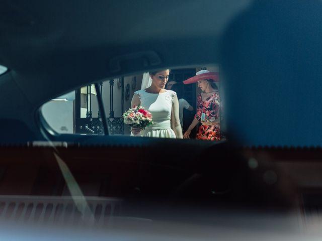 La boda de Fran y Marta en La Puebla Del Rio, Sevilla 27