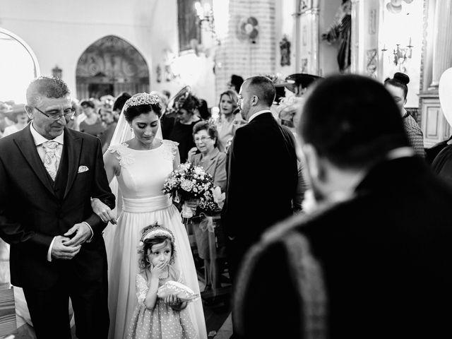 La boda de Fran y Marta en La Puebla Del Rio, Sevilla 38