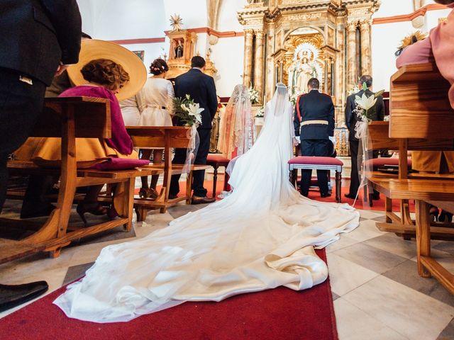La boda de Fran y Marta en La Puebla Del Rio, Sevilla 43