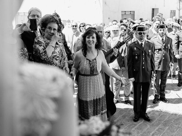 La boda de Fran y Marta en La Puebla Del Rio, Sevilla 51