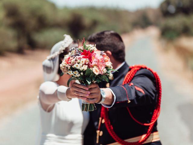 La boda de Fran y Marta en La Puebla Del Rio, Sevilla 66