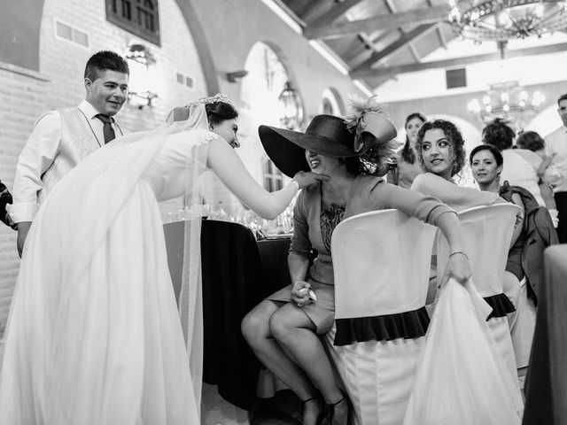 La boda de Fran y Marta en La Puebla Del Rio, Sevilla 82