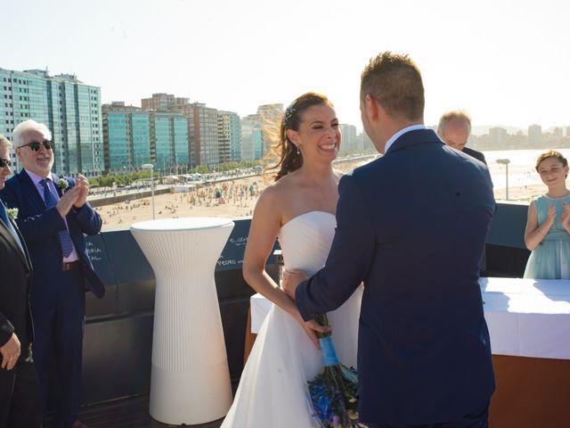 La boda de Diego y Susana en Gijón, Asturias 43