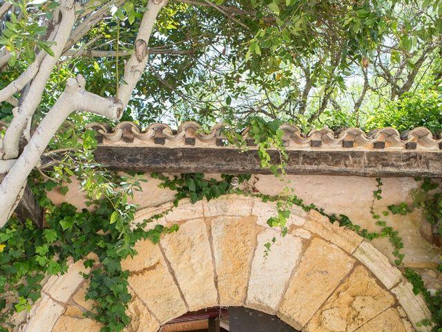 La boda de Aleix y Maria en Altafulla, Tarragona 15