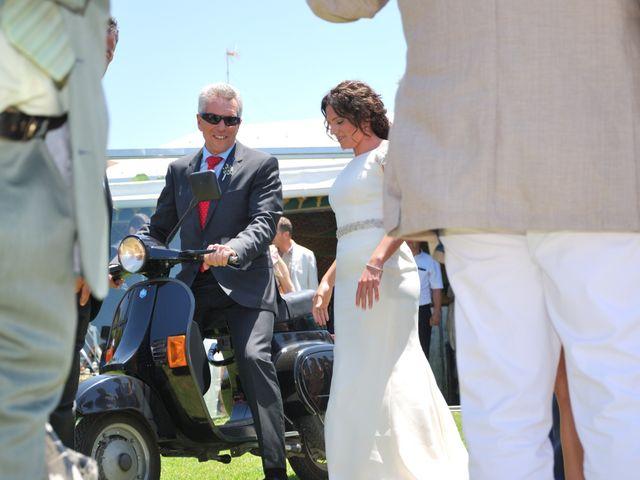 La boda de Alicia y Ana en Conil De La Frontera, Cádiz 4