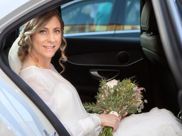 La boda de Miguel y Ángeles en Granada, Granada 22
