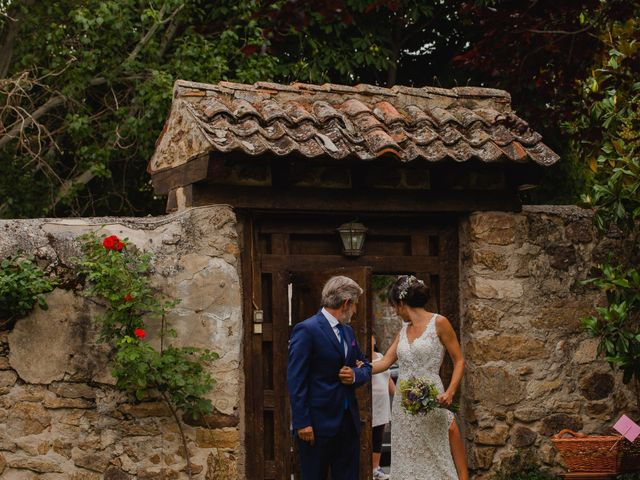 La boda de Alex y Paula en Torrecaballeros, Segovia 11