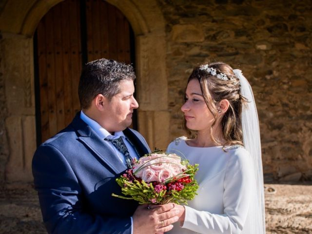 La boda de Jonathan y Rebeca en Garciaz, Cáceres 14