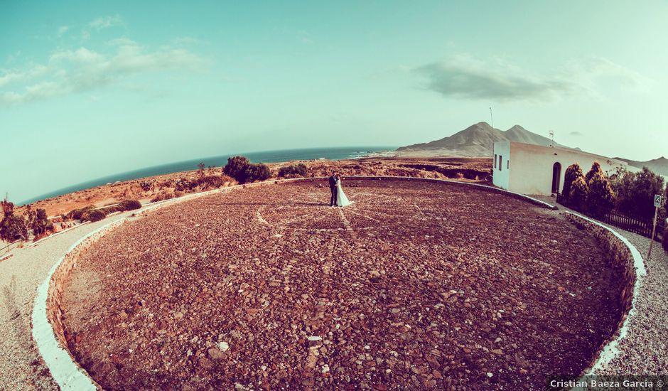 La boda de Carlos y Raquel en Almería, Almería