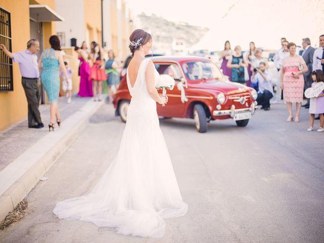 La boda de Jose y Issa en Almería, Almería 55