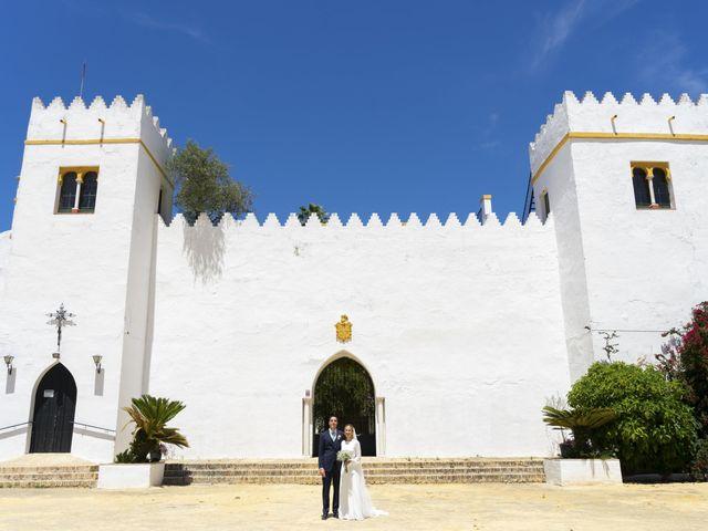 La boda de Belén y José María en Salteras, Sevilla 21
