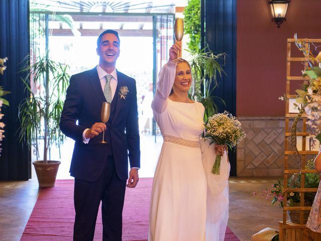La boda de Belén y José María en Salteras, Sevilla 28