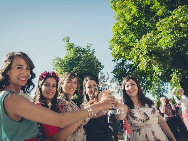 La boda de Carlos y Elena en Santa Gadea Del Cid, Burgos 15