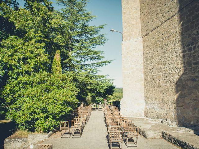 La boda de Carlos y Elena en Santa Gadea Del Cid, Burgos 17