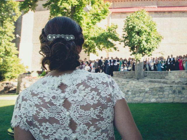 La boda de Carlos y Elena en Santa Gadea Del Cid, Burgos 20