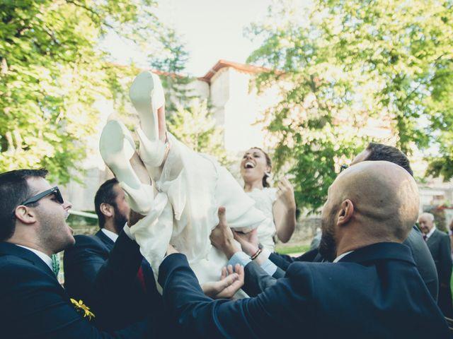 La boda de Carlos y Elena en Santa Gadea Del Cid, Burgos 39