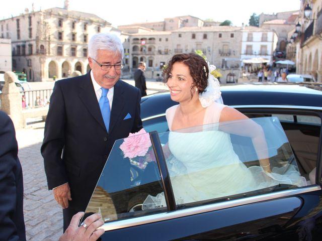 La boda de Alberto y Irene en Trujillo, Cáceres 1