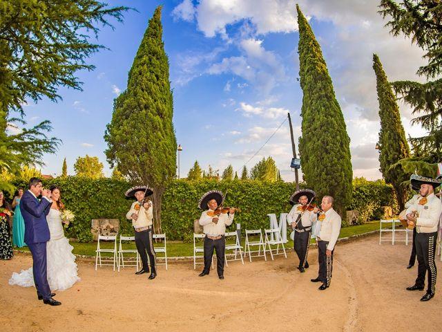 La boda de Paco y Meis en Torrelodones, Madrid 35