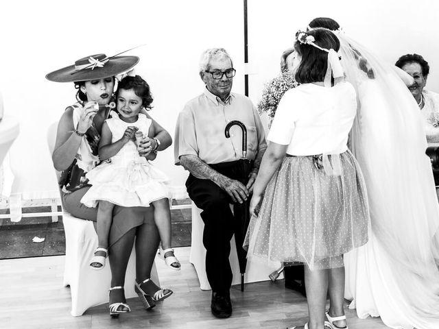 La boda de Omar y Eli en Palos De La Frontera, Huelva 218