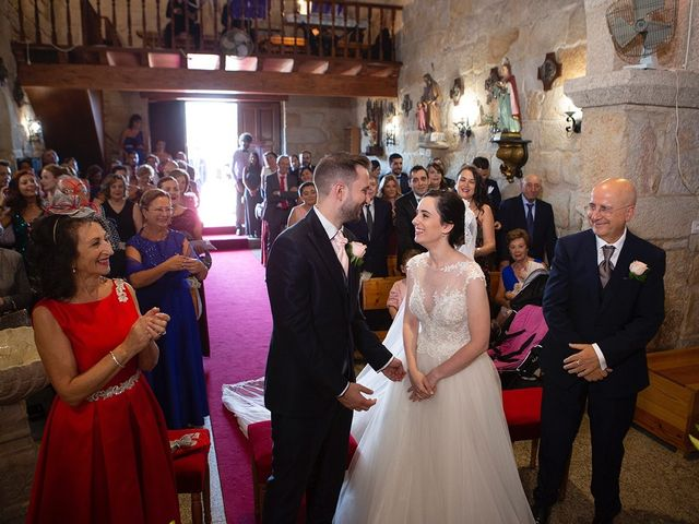 La boda de Ruben y Elena en Baiona, Pontevedra 29