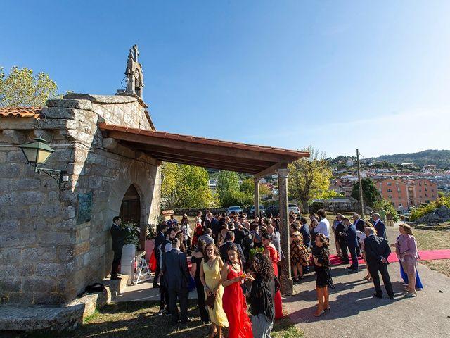 La boda de Ruben y Elena en Baiona, Pontevedra 35