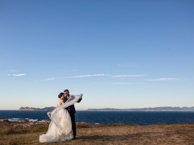 La boda de Ruben y Elena en Baiona, Pontevedra 57