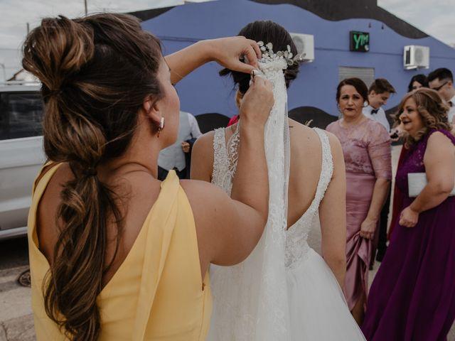 La boda de Manuel y Guadalupe en Badajoz, Badajoz 12