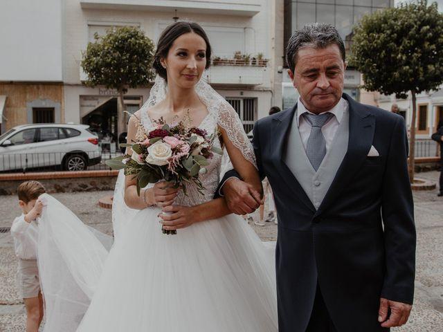 La boda de Manuel y Guadalupe en Badajoz, Badajoz 14