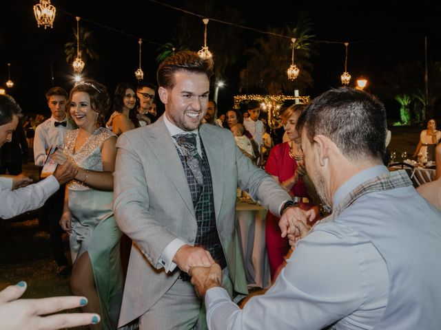 La boda de Manuel y Guadalupe en Badajoz, Badajoz 33