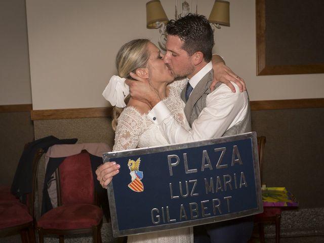La boda de Alberto y Luz en Urbanización Campoamor, Alicante 3
