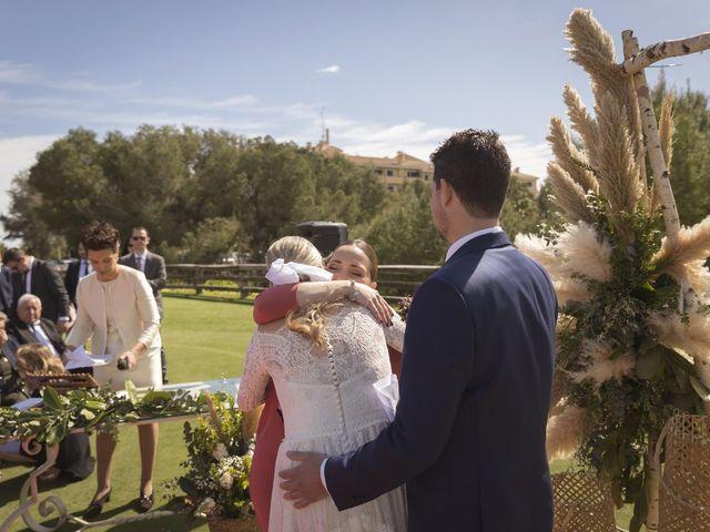 La boda de Alberto y Luz en Urbanización Campoamor, Alicante 31