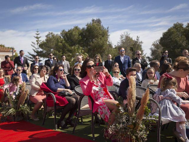 La boda de Alberto y Luz en Urbanización Campoamor, Alicante 33