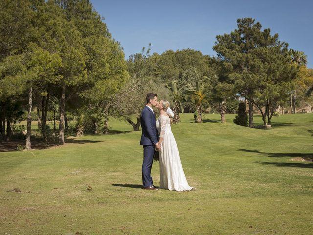 La boda de Alberto y Luz en Urbanización Campoamor, Alicante 63