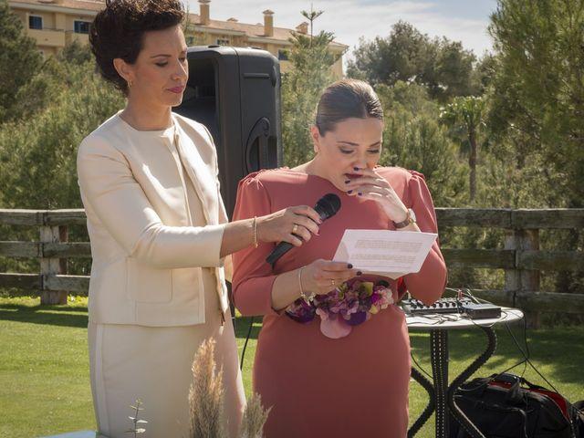 La boda de Alberto y Luz en Urbanización Campoamor, Alicante 75