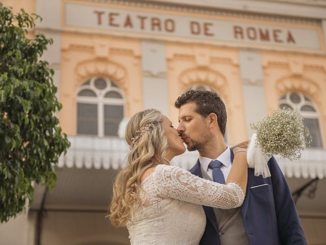 La boda de Alberto y Luz en Urbanización Campoamor, Alicante 123