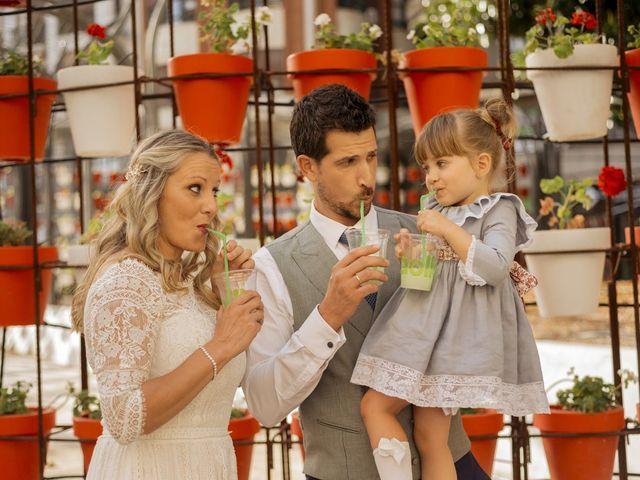 La boda de Alberto y Luz en Urbanización Campoamor, Alicante 124