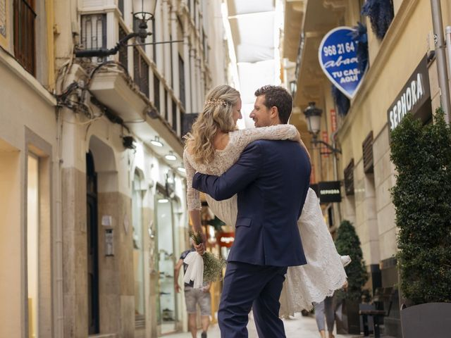 La boda de Alberto y Luz en Urbanización Campoamor, Alicante 126