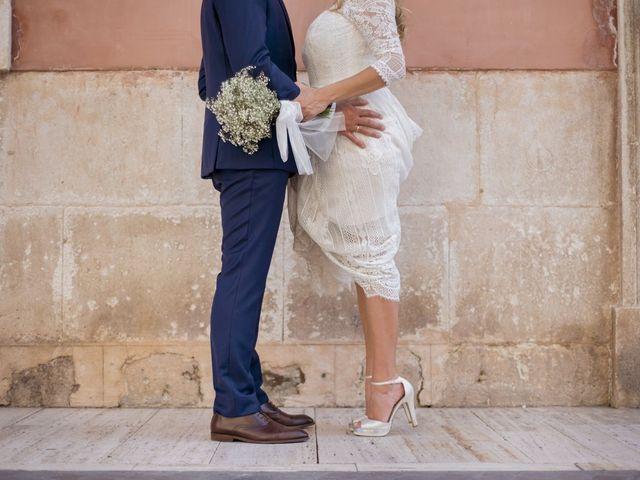 La boda de Alberto y Luz en Urbanización Campoamor, Alicante 127