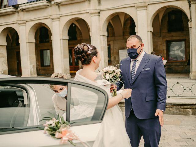 La boda de Javi y Ramona en Vitoria-gasteiz, Álava 50