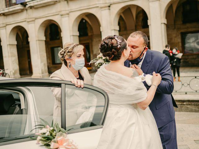 La boda de Javi y Ramona en Vitoria-gasteiz, Álava 51