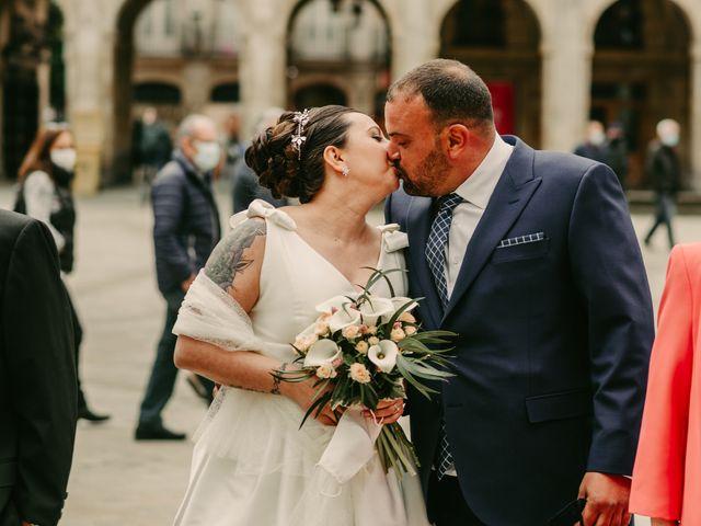 La boda de Javi y Ramona en Vitoria-gasteiz, Álava 57