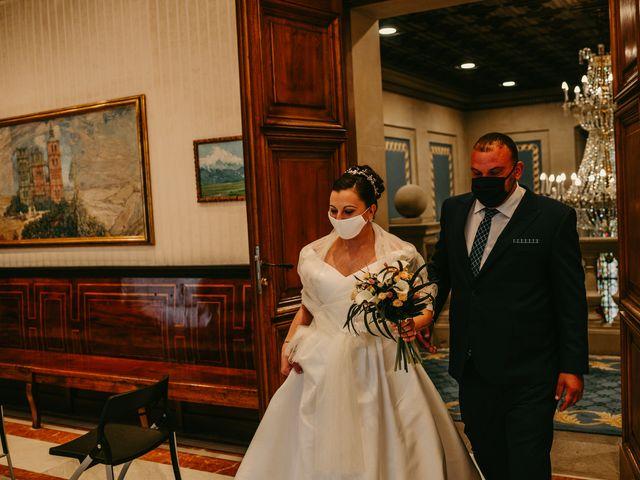 La boda de Javi y Ramona en Vitoria-gasteiz, Álava 64