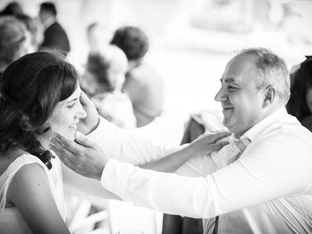 La boda de Paul y Amelia en Soncillo, Burgos 15