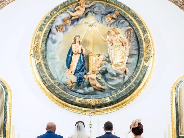 La boda de Alberto y Victoria en Almuñecar, Granada 19