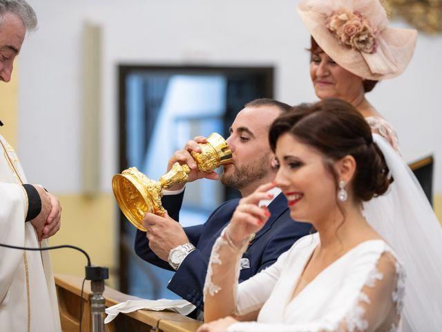 La boda de Alberto y Victoria en Almuñecar, Granada 24