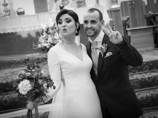 La boda de Alberto y Victoria en Almuñecar, Granada 25