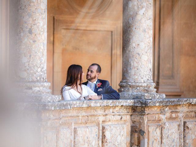 La boda de Alberto y Victoria en Almuñecar, Granada 41