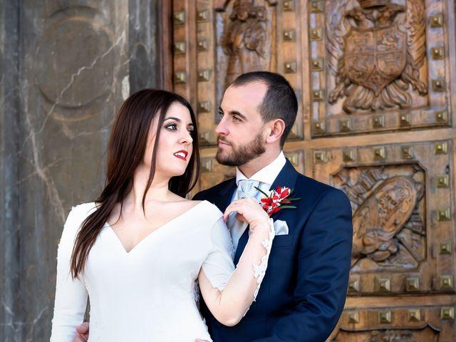 La boda de Alberto y Victoria en Almuñecar, Granada 44